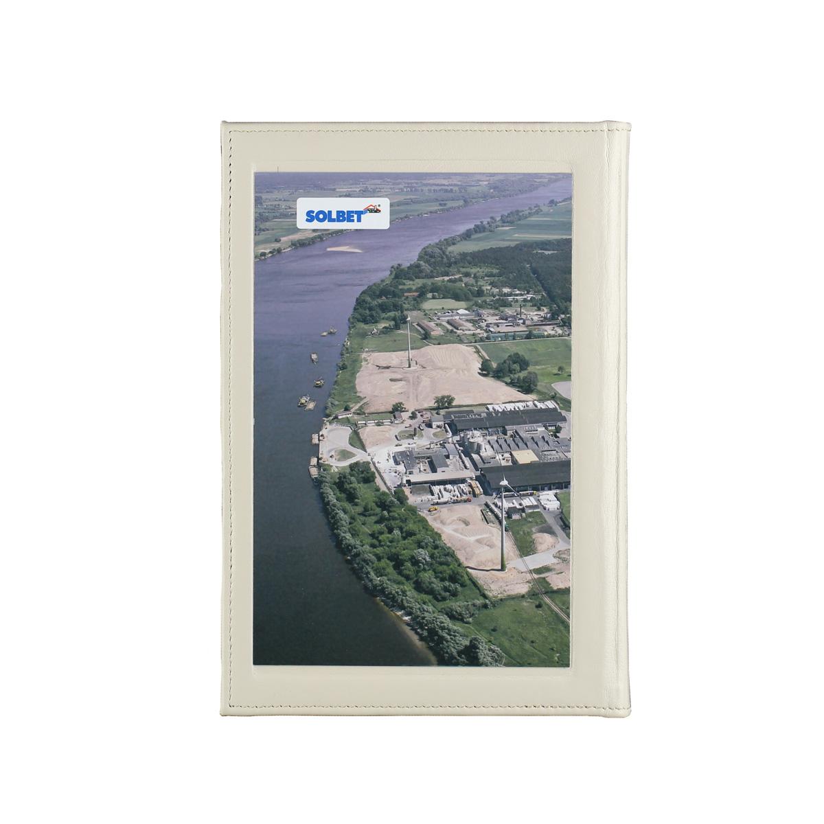 Książka z wtawioną blachą grawerton - nadruk sublimacyjny (jakość fotografii) 3281_1 Kroniki, księgi