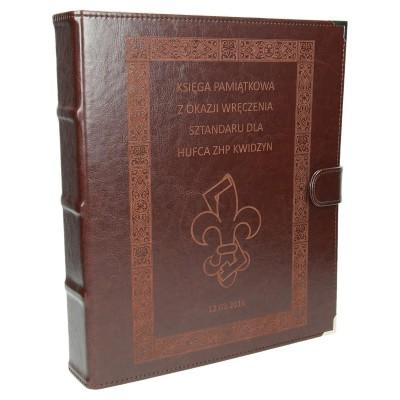 Księga skórzana dla hufca harcerskiego 1191